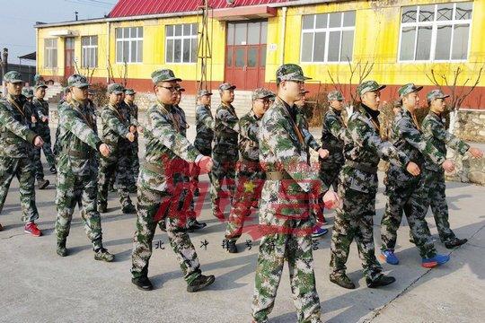 北京军训:为荣誉而战